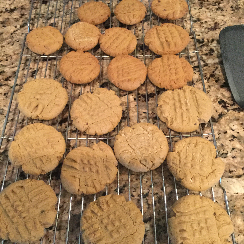 Perfect Gluten-Free Peanut Butter Cookies