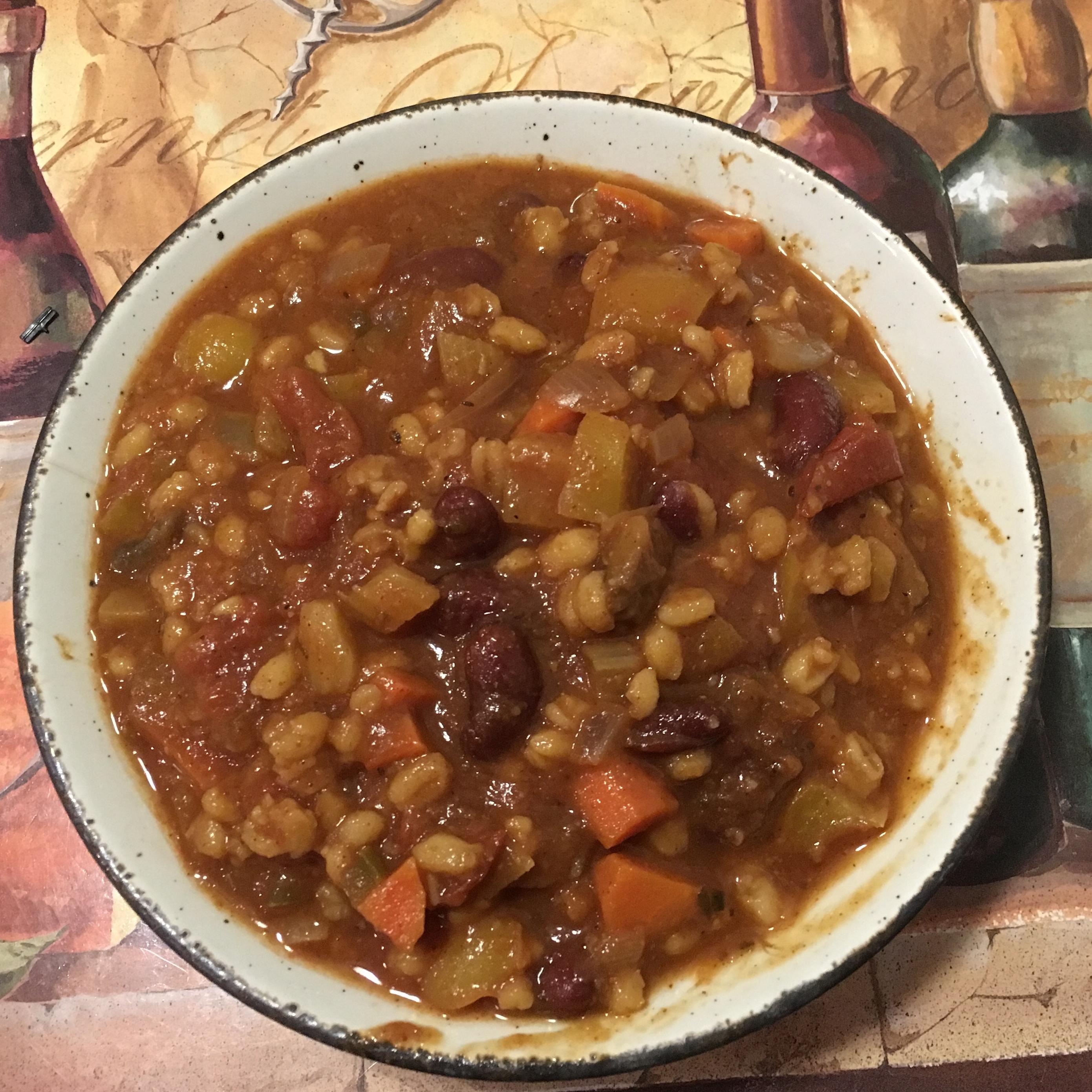 Lucie's Vegetarian Chili dneimann