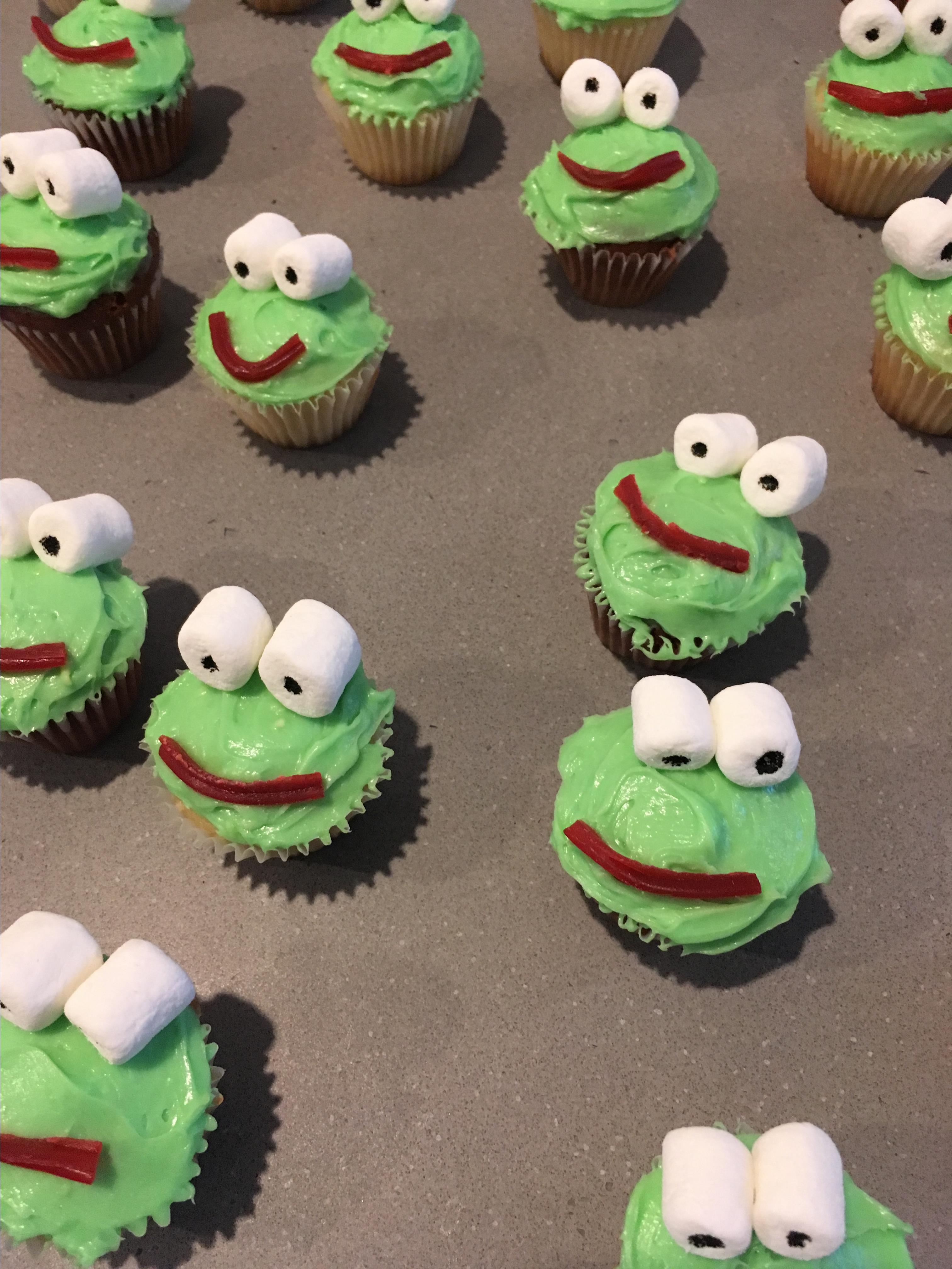 Frog Cupcakes barbara
