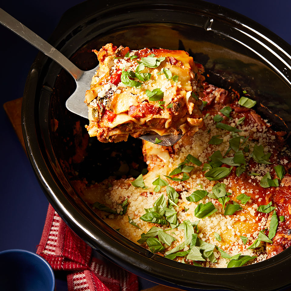 This vegetarian lasagna couldn't be easier, thanks to jarred pasta sauce and no-boil lasagna noodles. Prep it in the morning and let your crock pot do the work.