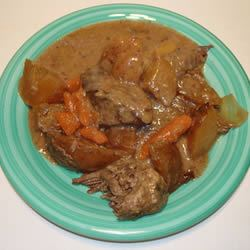 Slow Cooker Tender and Yummy Round Steak Scotdog