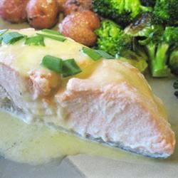 Poached Salmon with Hollandaise Sauce mommyluvs2cook
