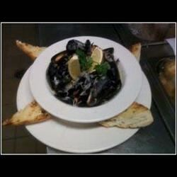 Seafood Alfredo with Mussels
