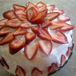 Strawberry Dream Cake I joymichelle