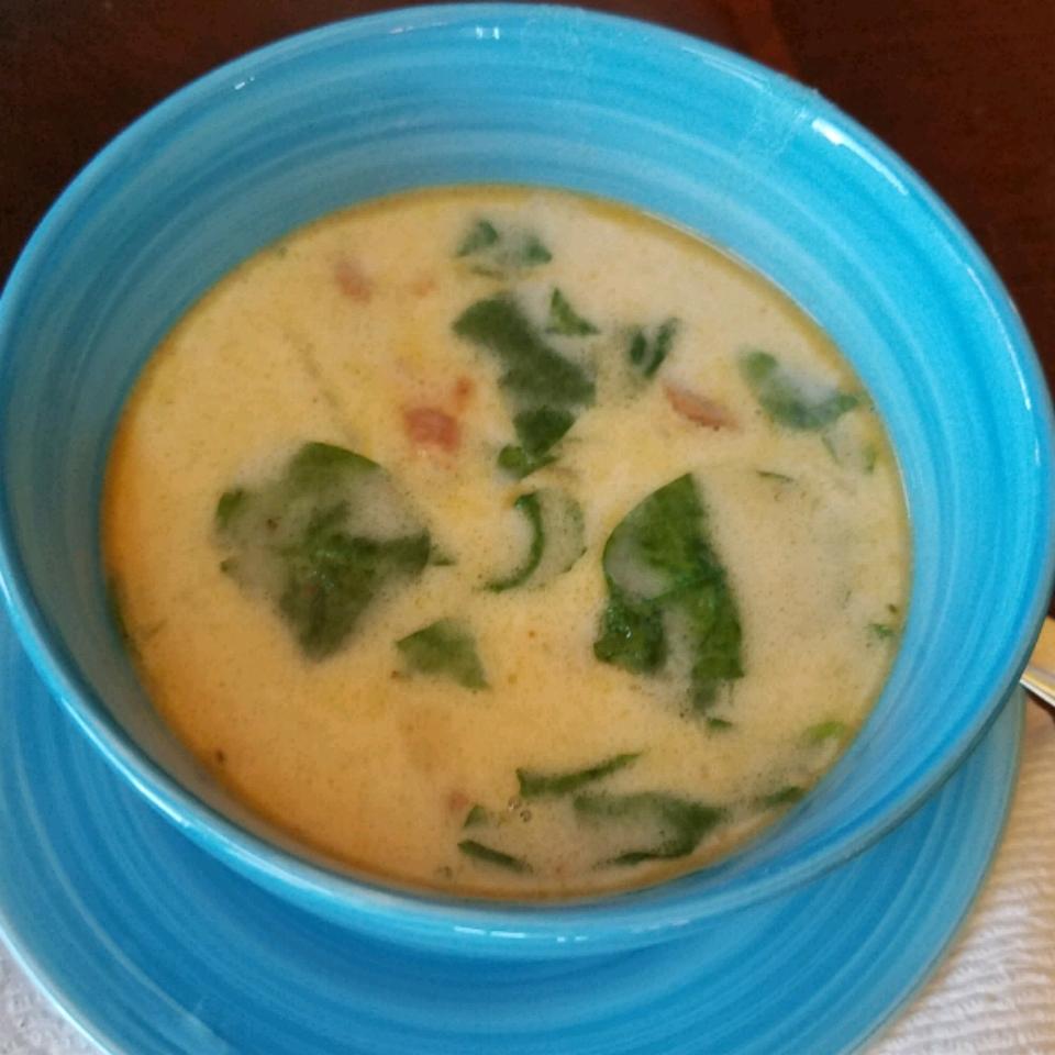 Super-Delicious Zuppa Toscana Beth Watson