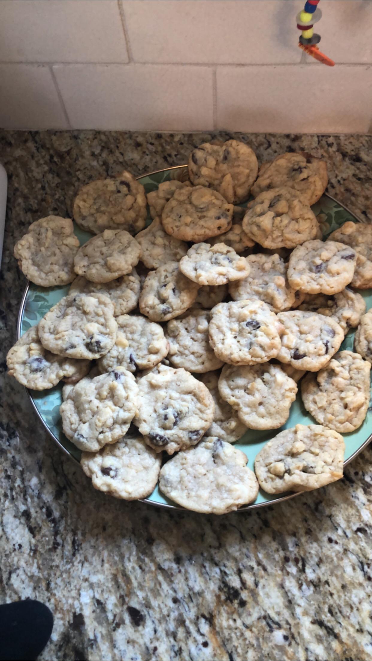 Butterscotch Potato Chip Cookies lmaslow