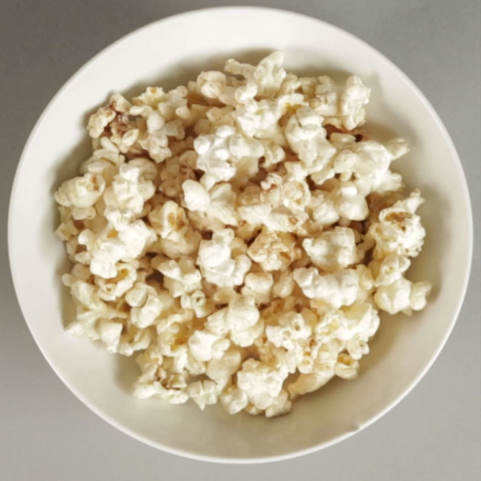Cinnamon-Sugar Microwave Popcorn Devon O'Brien