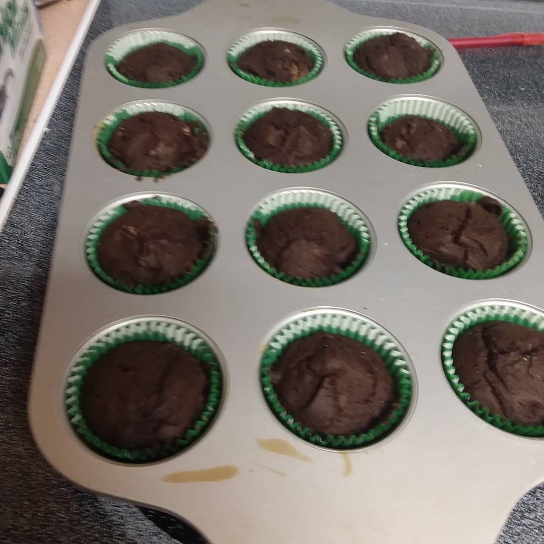 Vegan Chocolate Cupcakes with Vanilla Frosting Nicole H