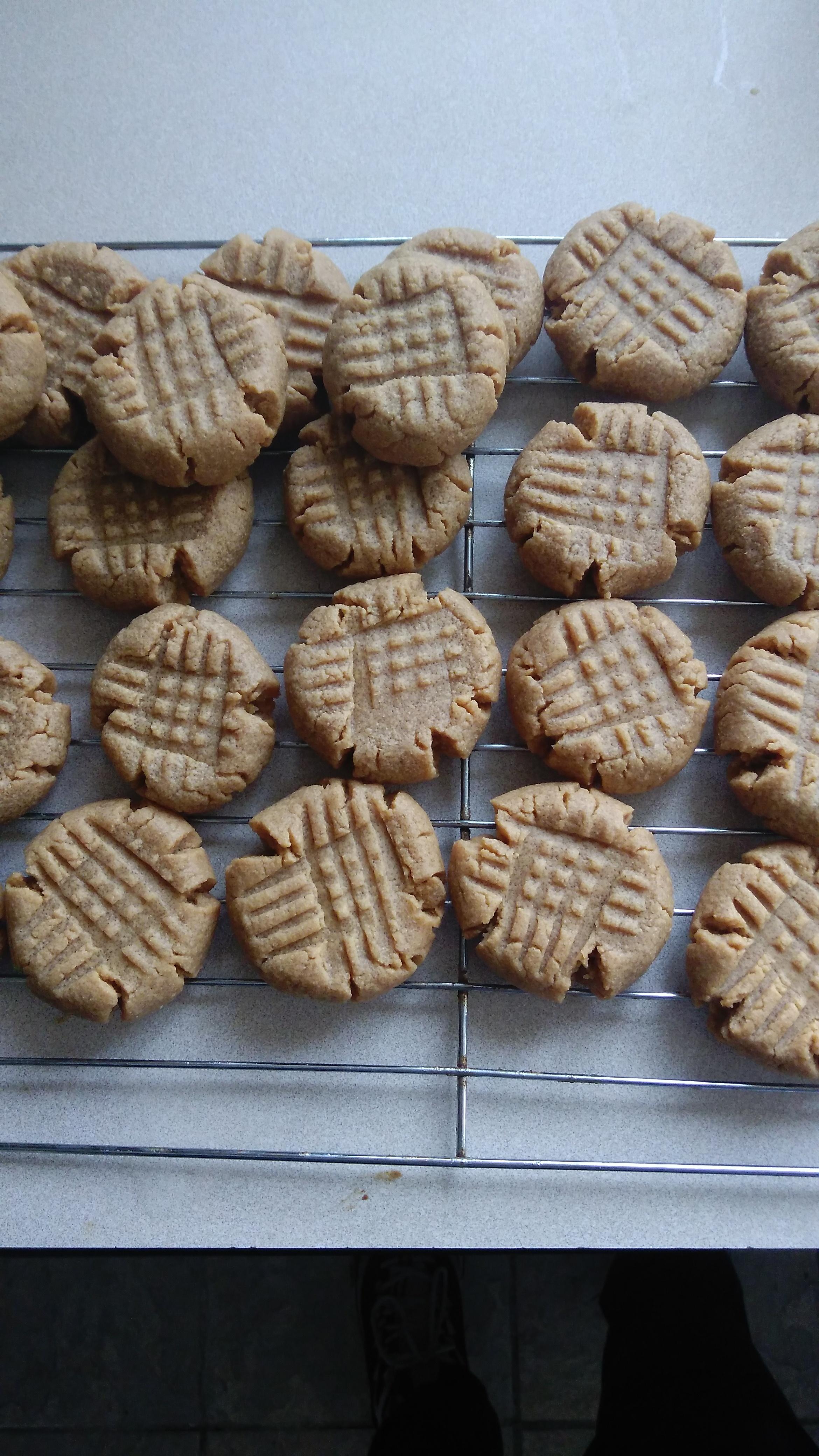 Flourless Peanut Butter Cookies Meredith DeLorenzo