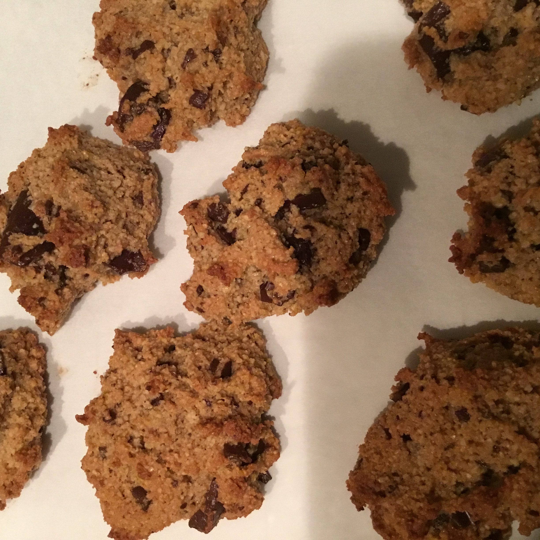 Gluten-Free Almond Flour Chocolate Chip Cookies Hale