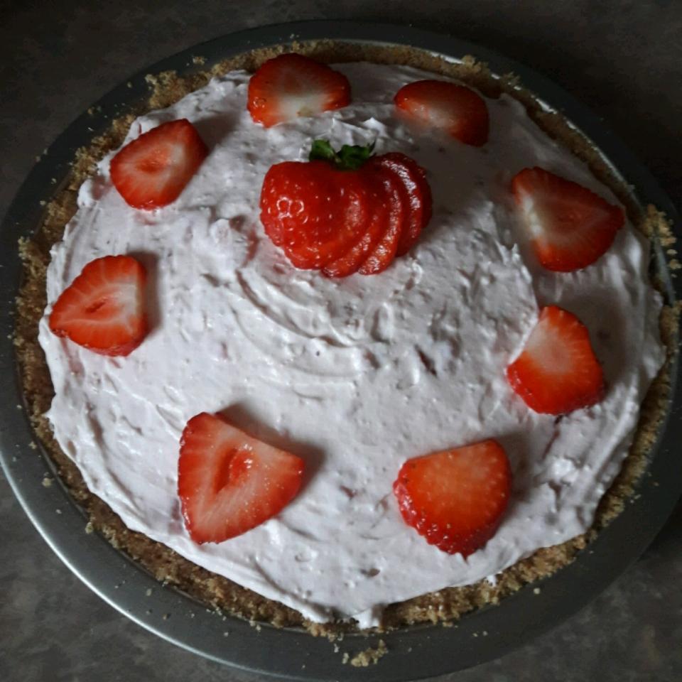 DanDan's Strawberry Cream Pie RusticRose
