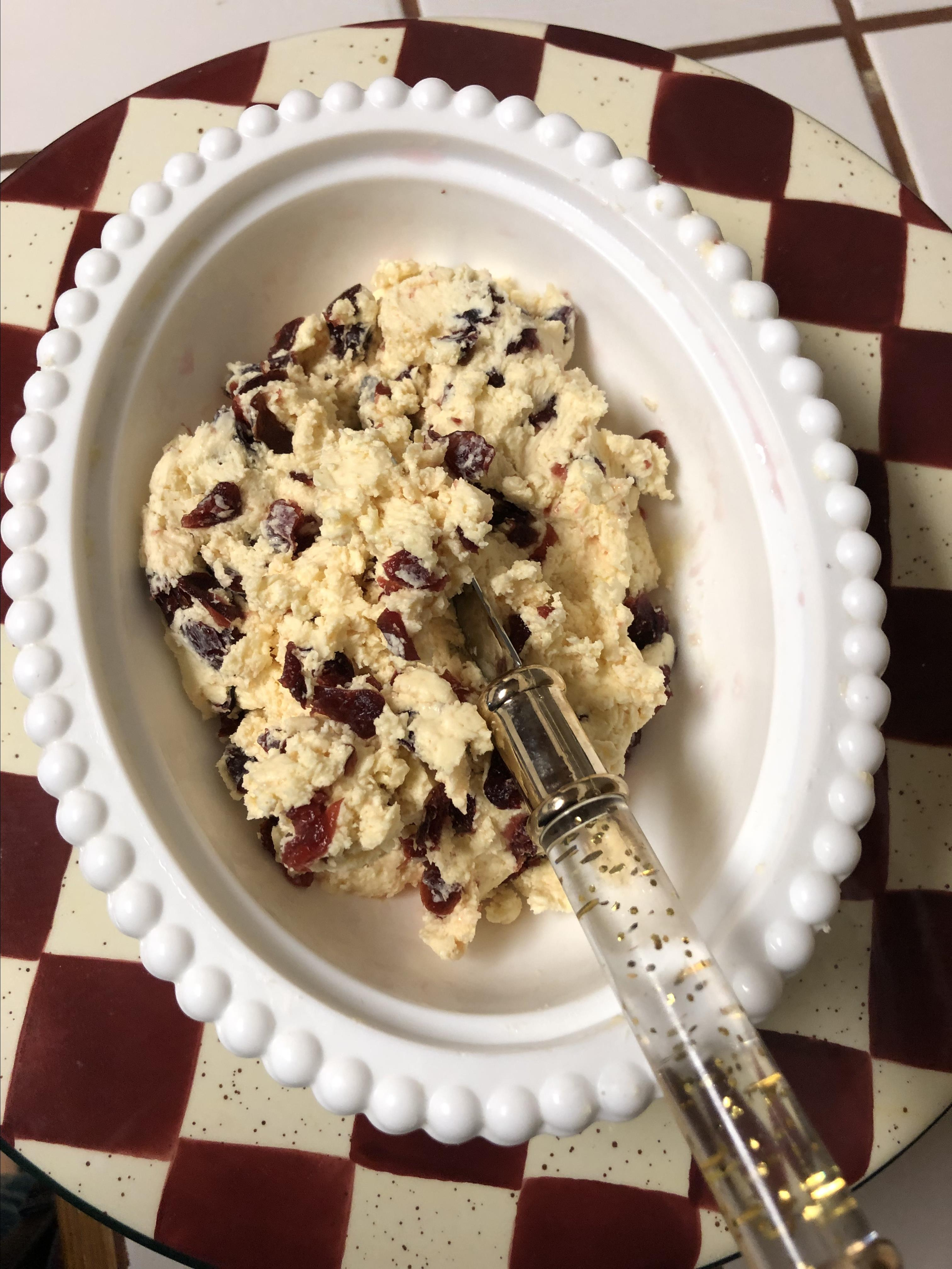 Quick Cranberry Butter Lindy
