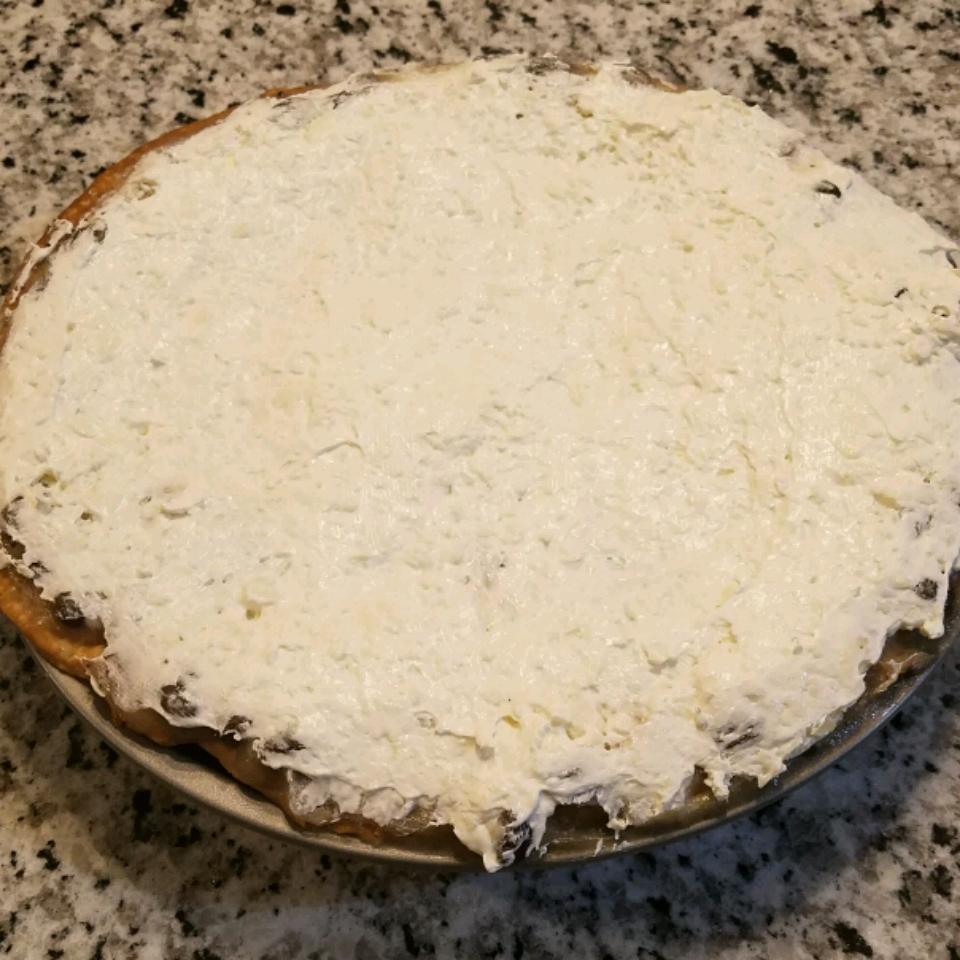 Special Raisin Cream Pie Kitty