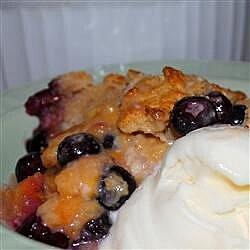 huckleberry peach cobbler recipe