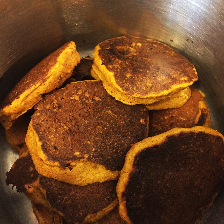 Pumpkin Pancakes Beezy