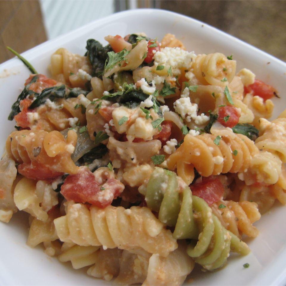 Suki's Spinach and Feta Pasta
