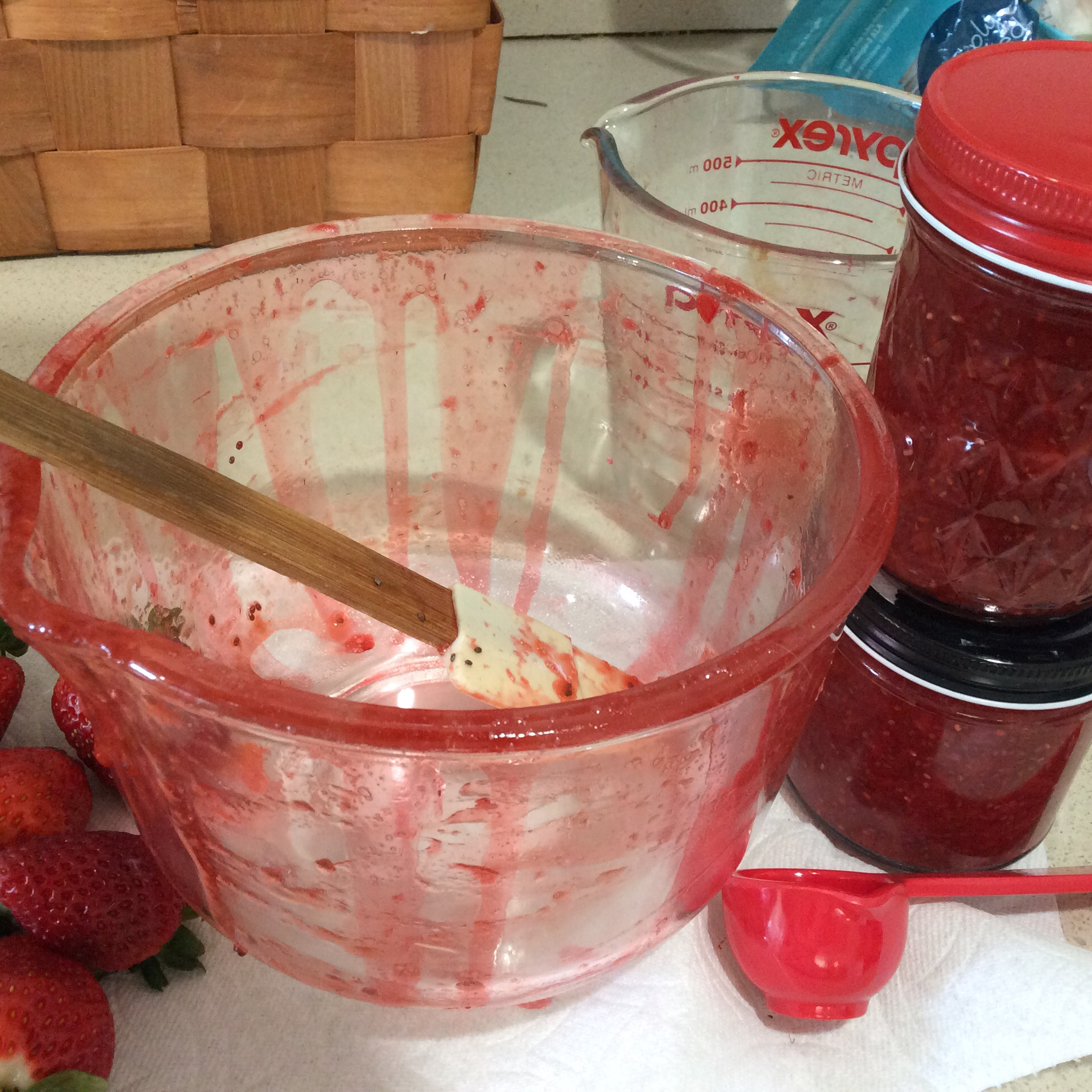 Super Easy Microwave Strawberry Jam CanDoNan