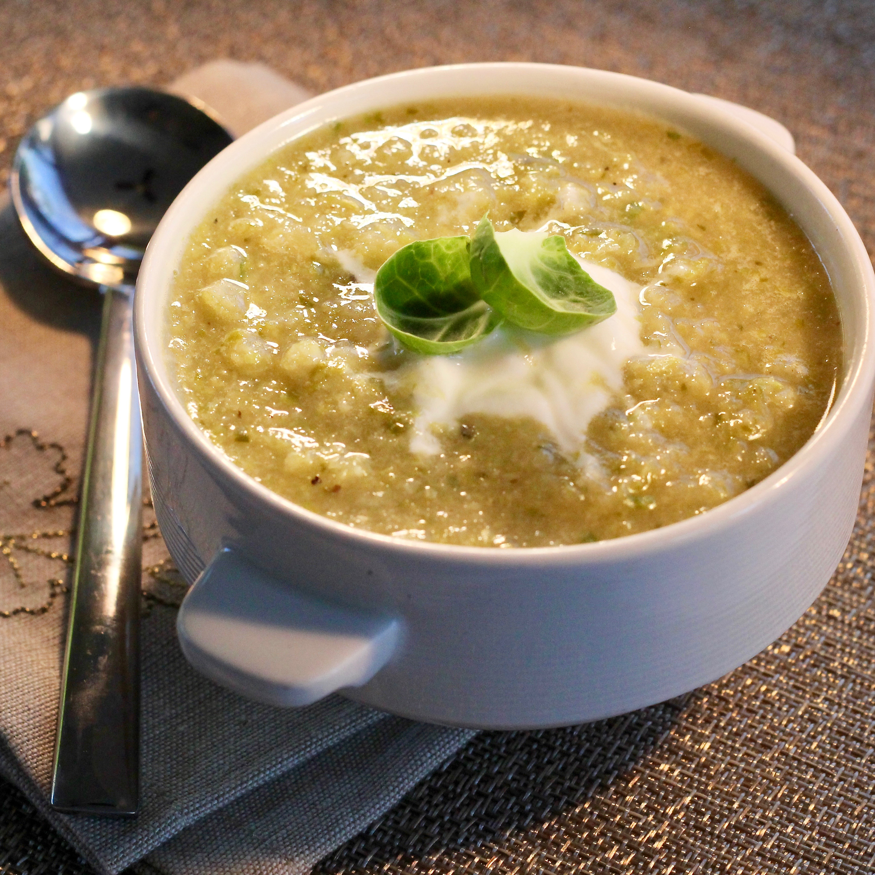 Brussels Sprouts Soup with Caramelized Onions