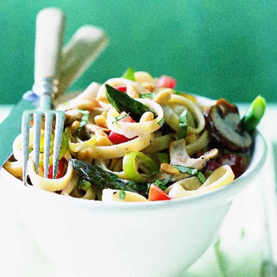 Mushroom & Asparagus Fettuccine Diabetic Living Magazine