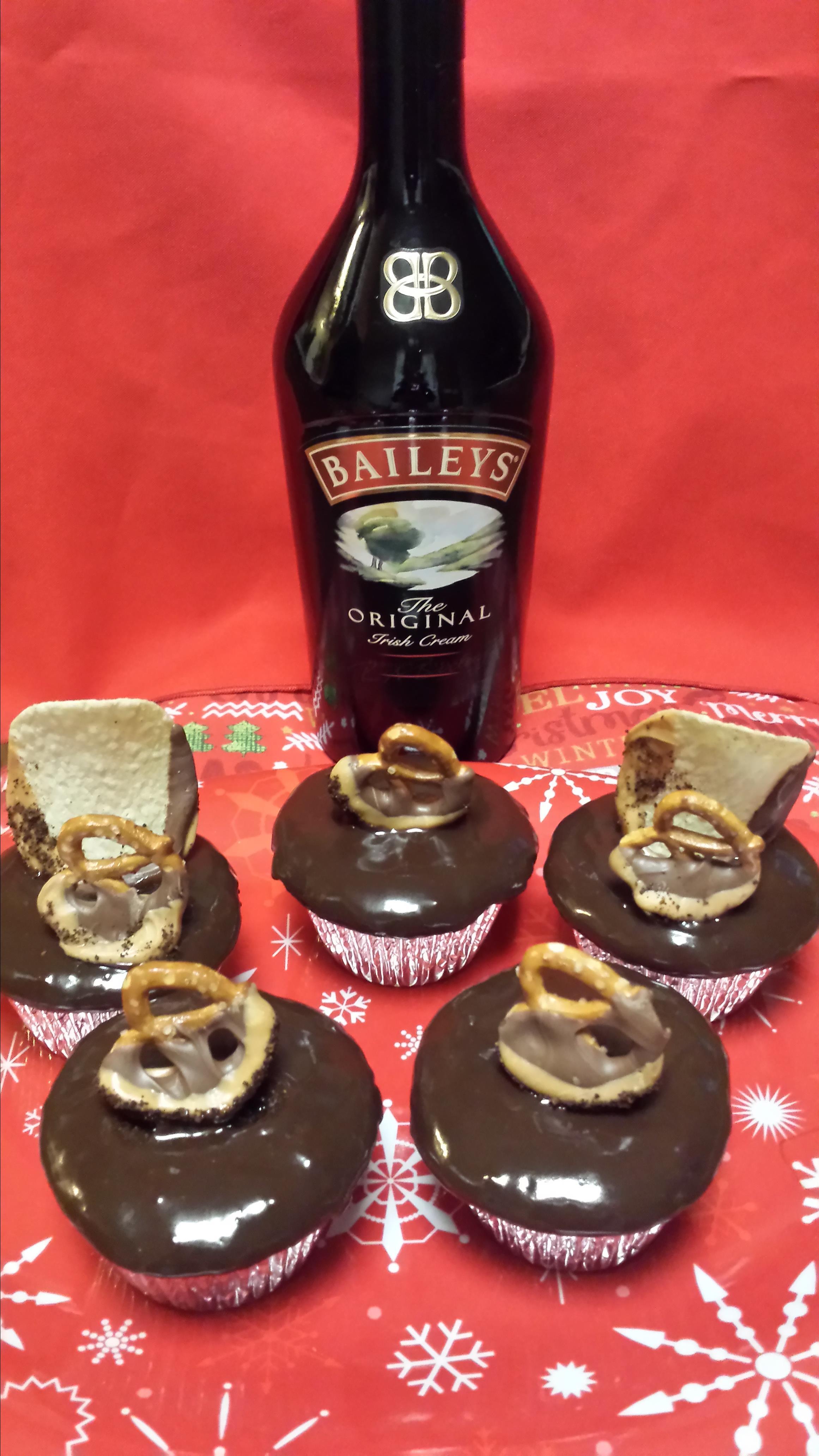 Baileys Chocolate Mini Cakes Liz Dalton 'Lizzie'