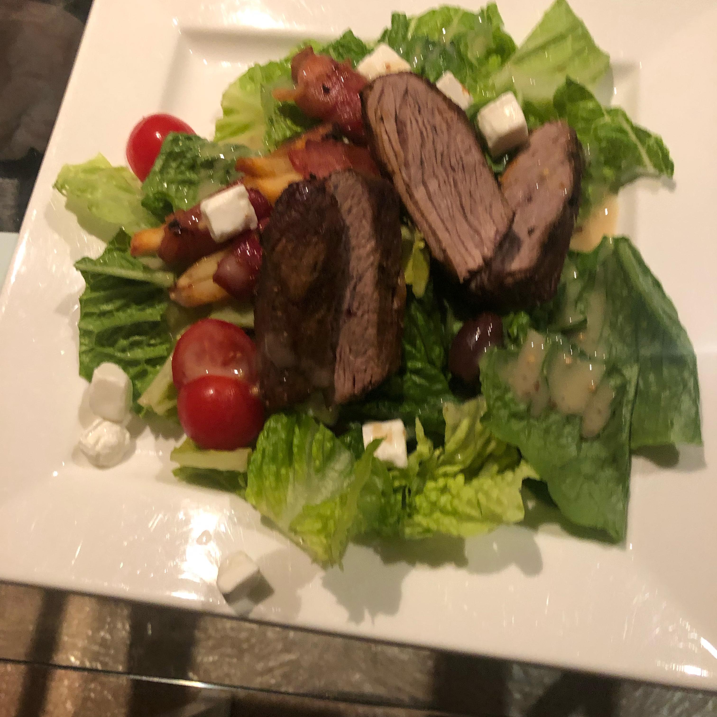 Blackened Steak Salad with Berry Vinaigrette Sean-Jordan Baruch