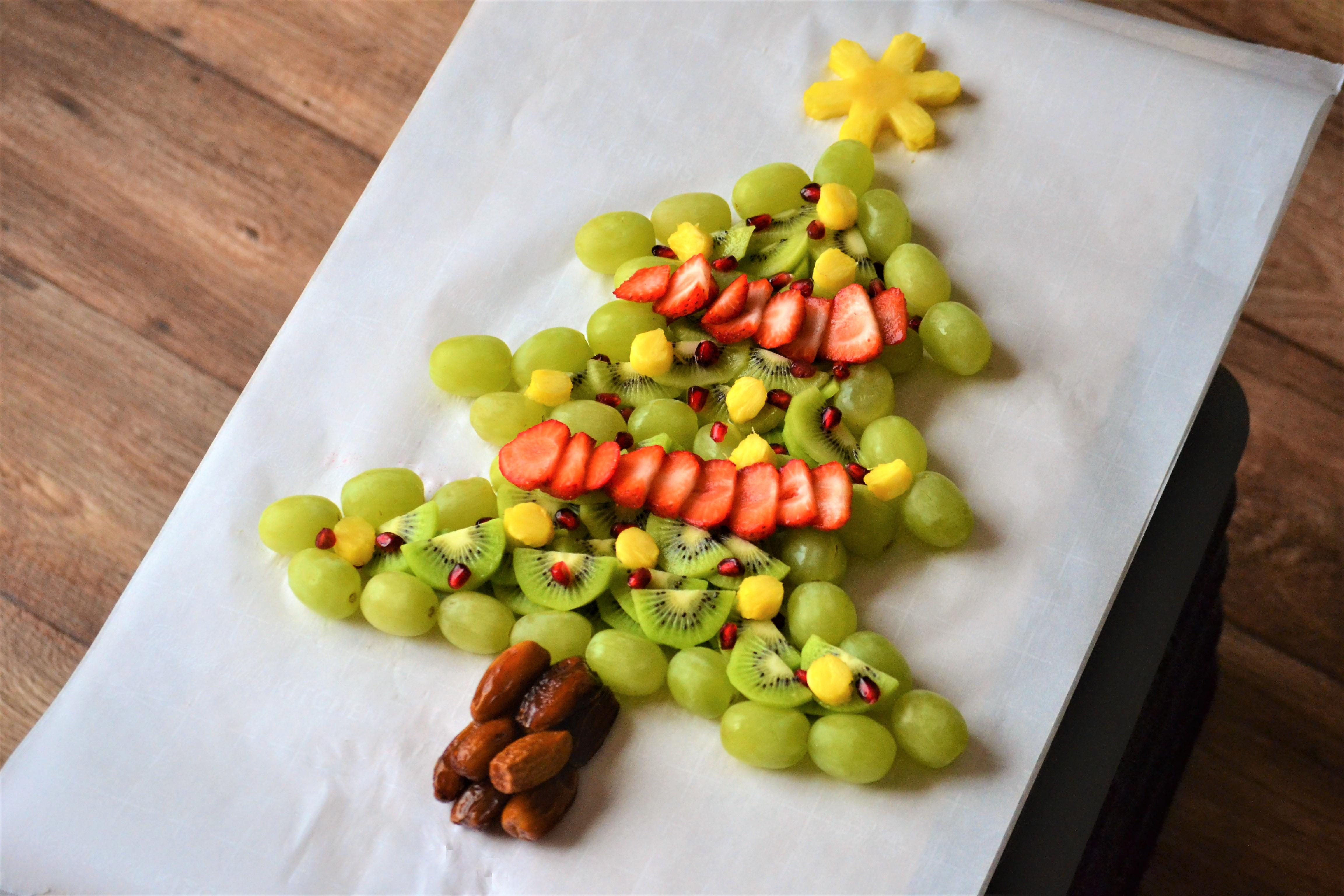 Christmas Tree Fruit Platter Kim