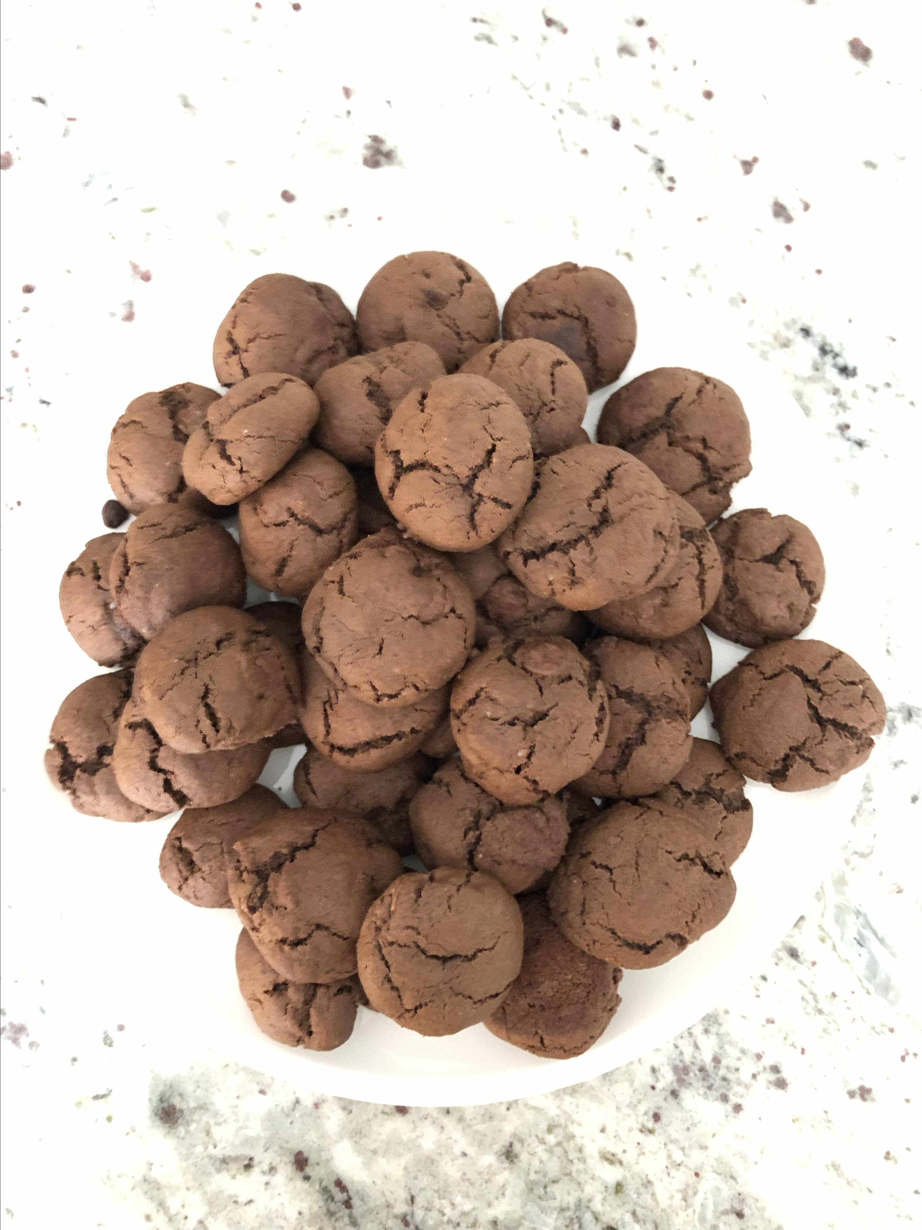 Granola-Chocolate Cookies Lucia Giancroce