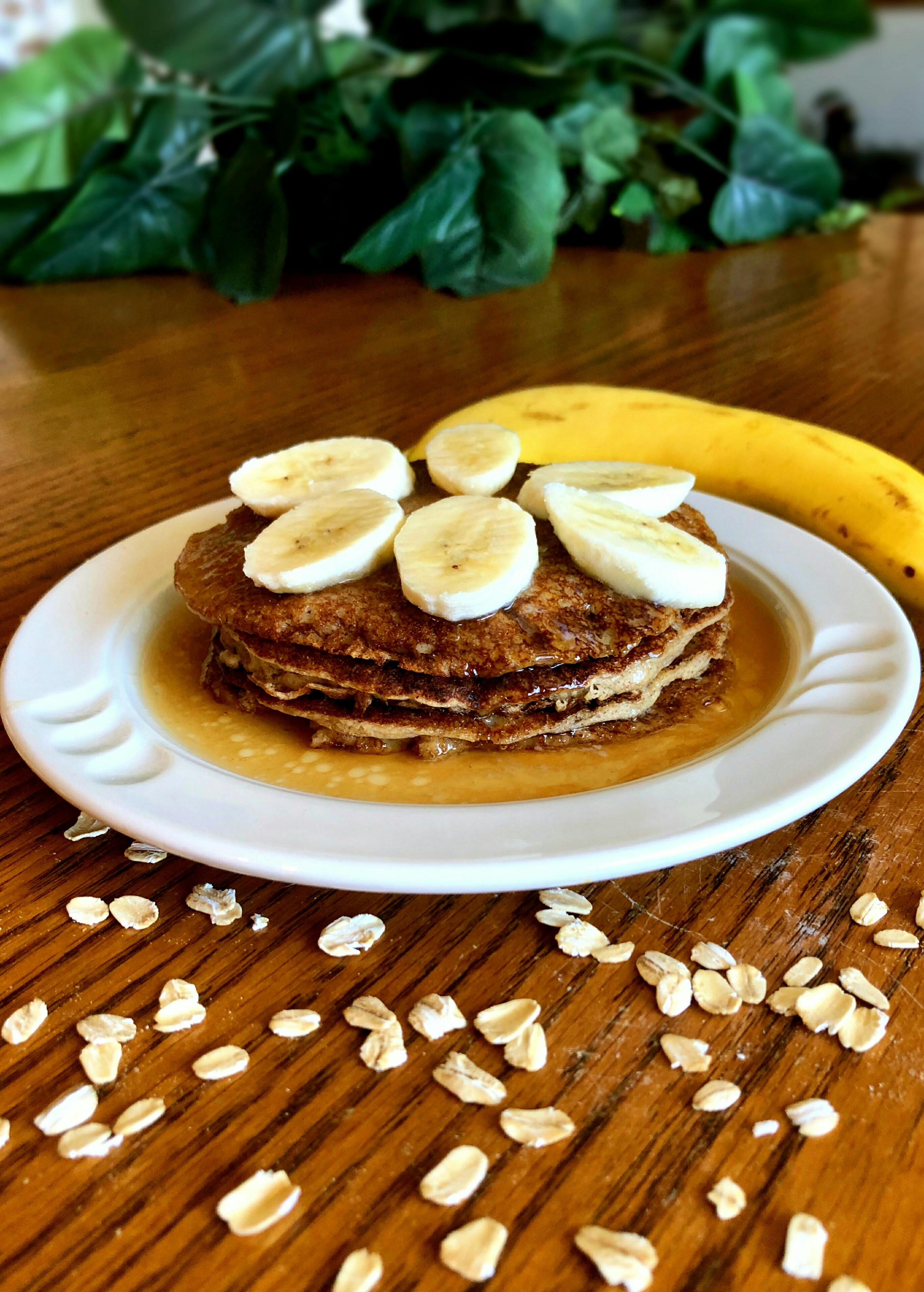 Oatmeal-Banana Pancakes