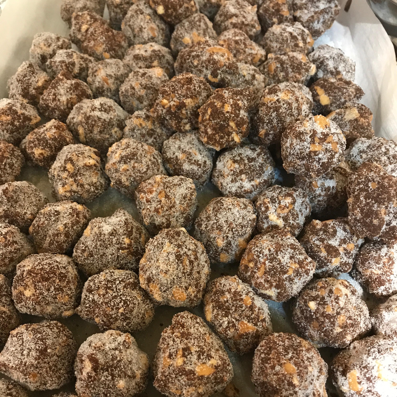 Steph's Bourbon Balls Reba Fruck