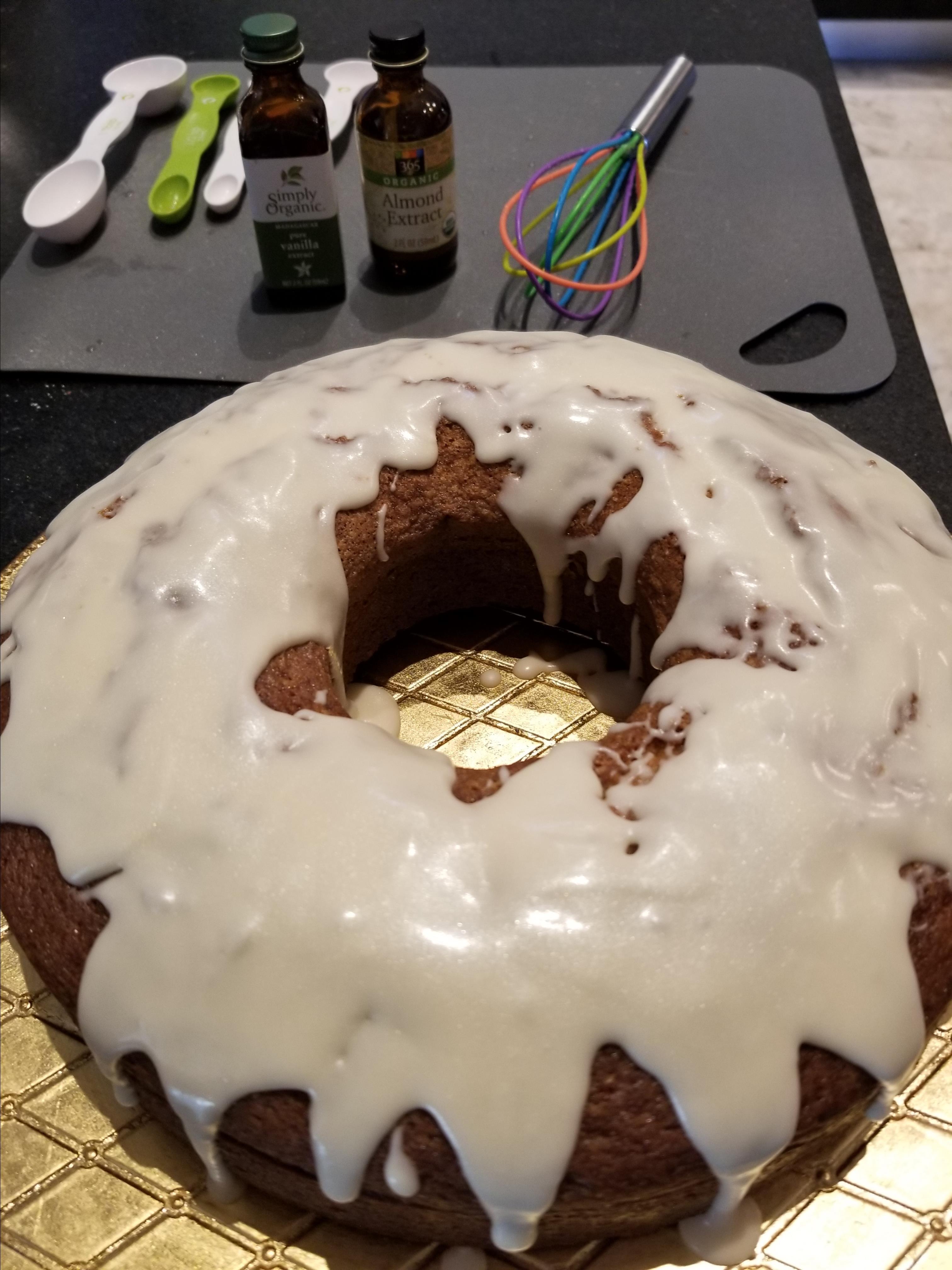 Cinnamon and Amaretto Pound Cake Rhonda G
