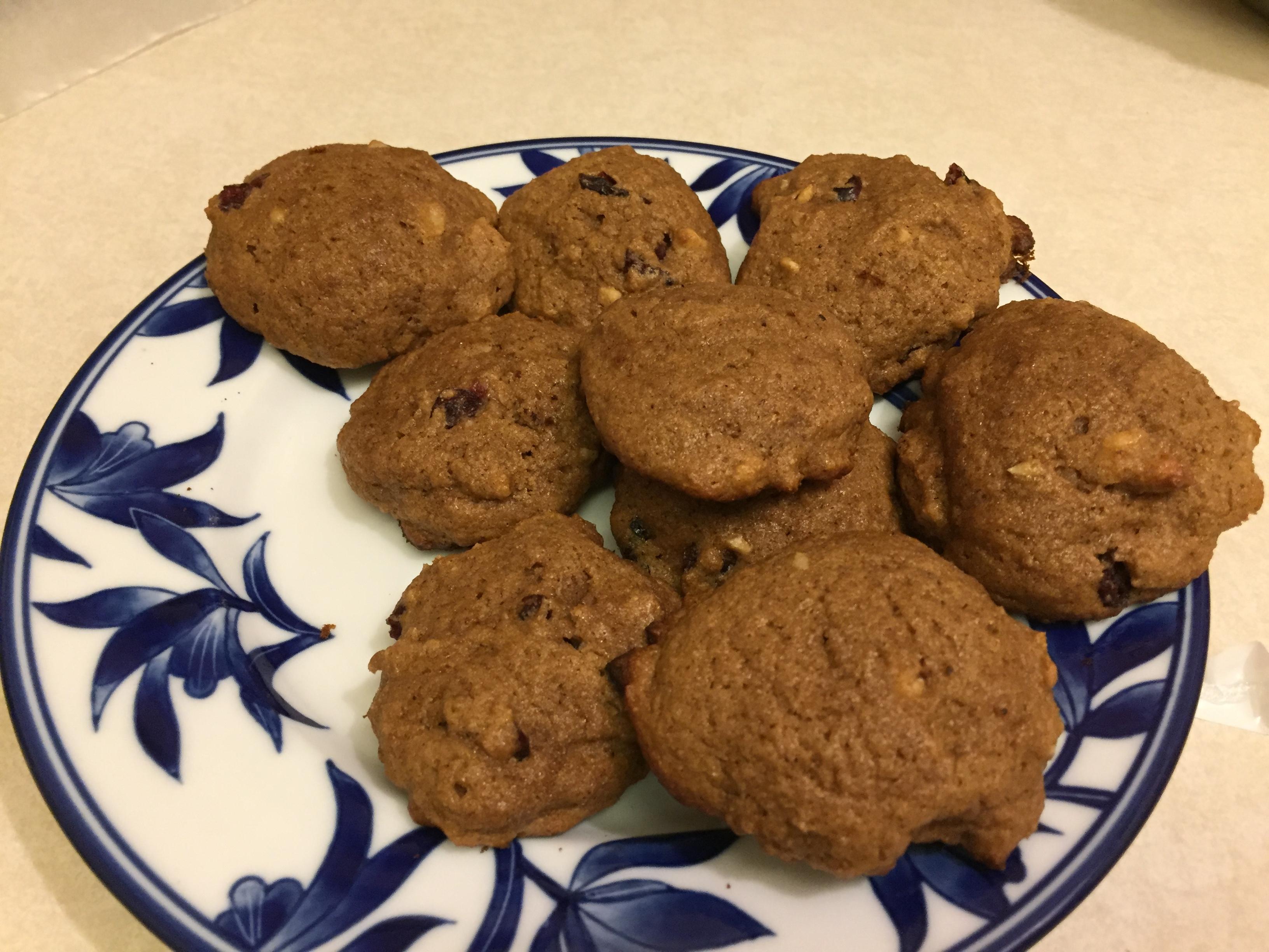 Applesauce Raisin Cookies I richardkw
