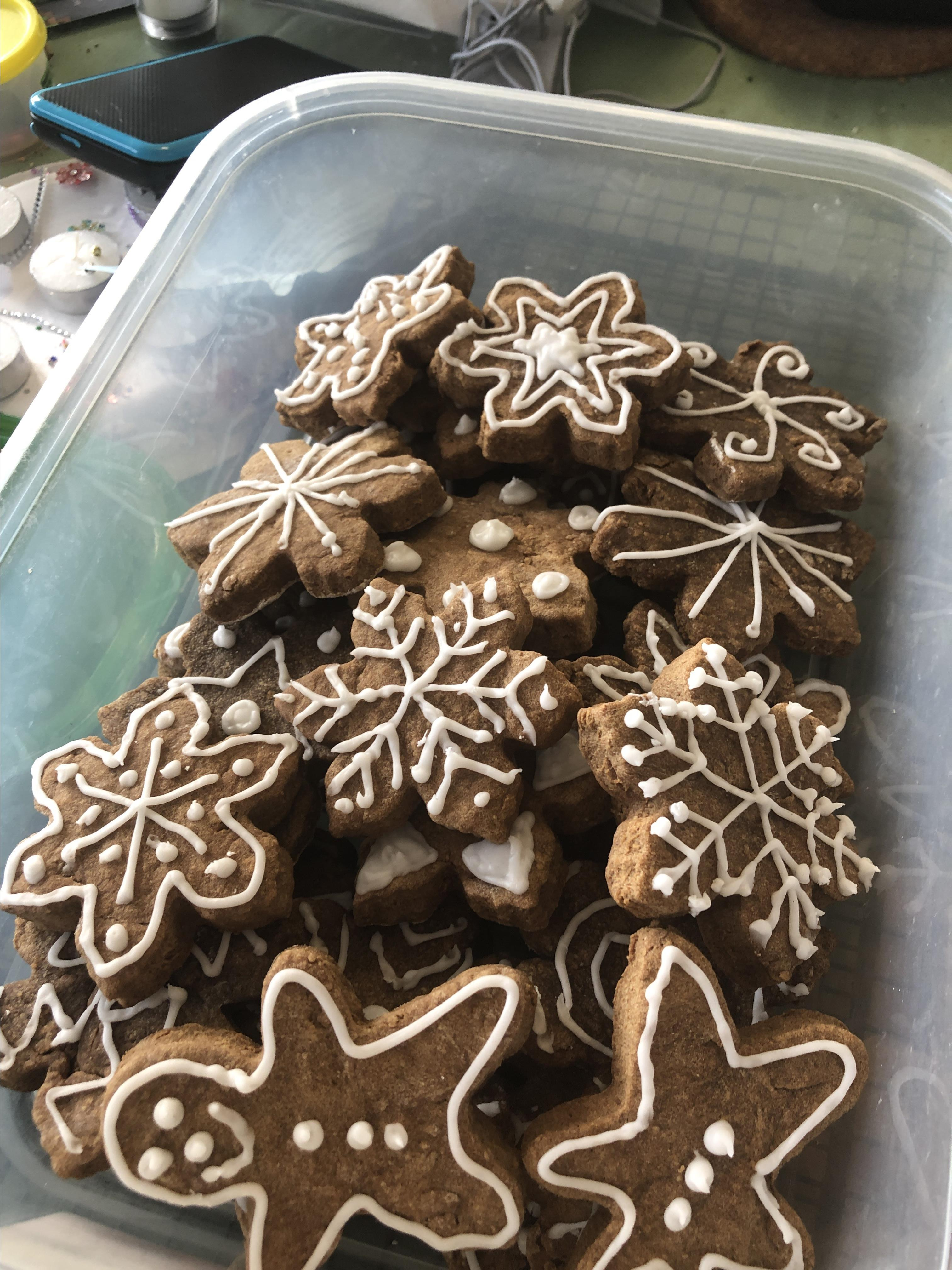 Gingerbread Cookie Frosting Alison Hendon