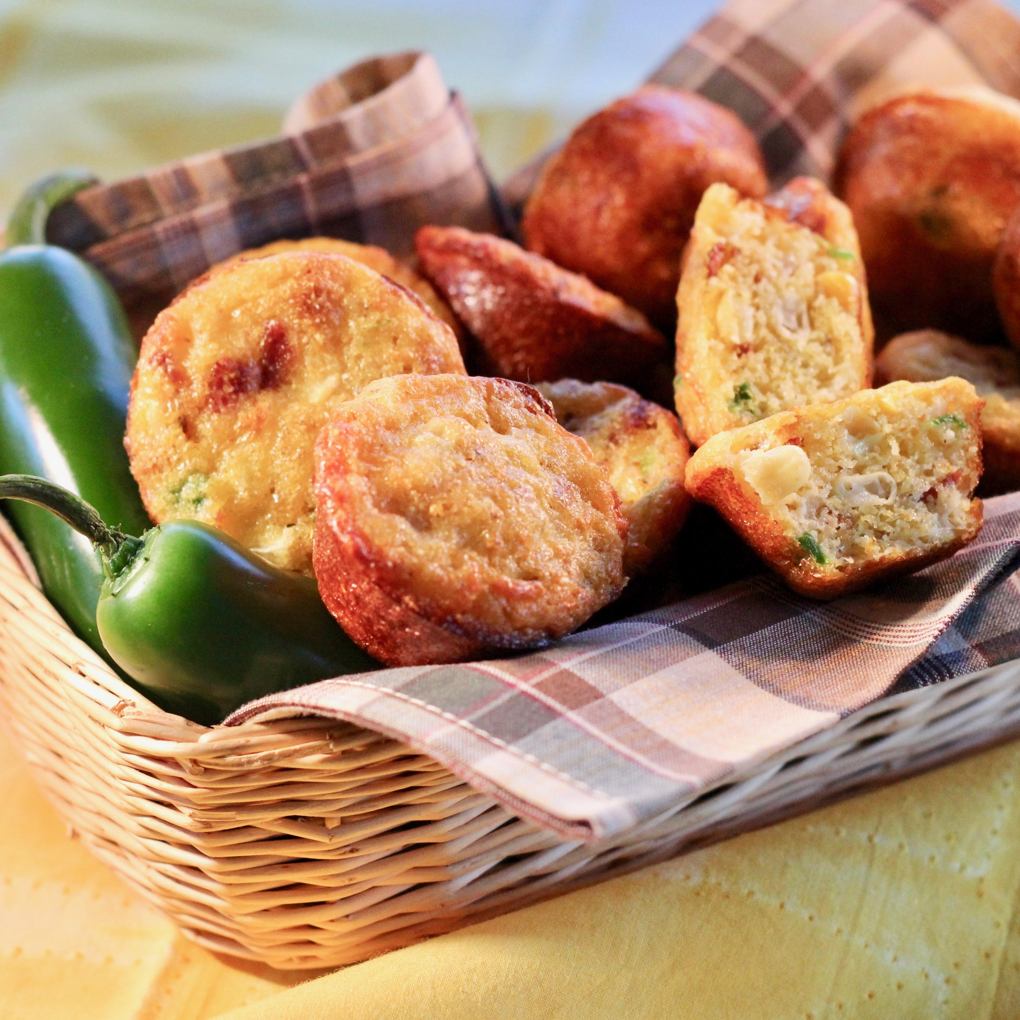 Mini Bacon-Jalapeno-Onion Corn Muffins lutzflcat