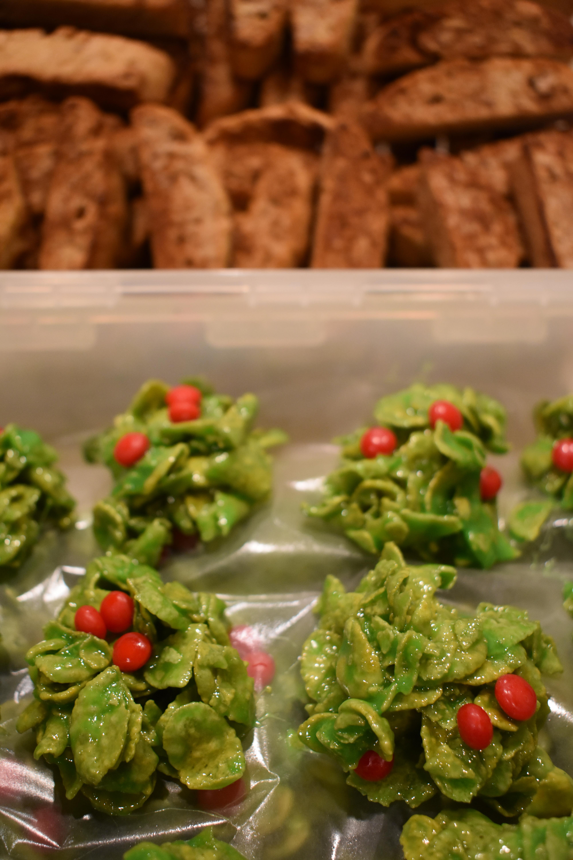 Christmas Cornflake Wreath Cookies Sarah Sanchez