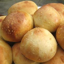 Pan de Sal - Filipino Bread Rolls MattOlay V-H
