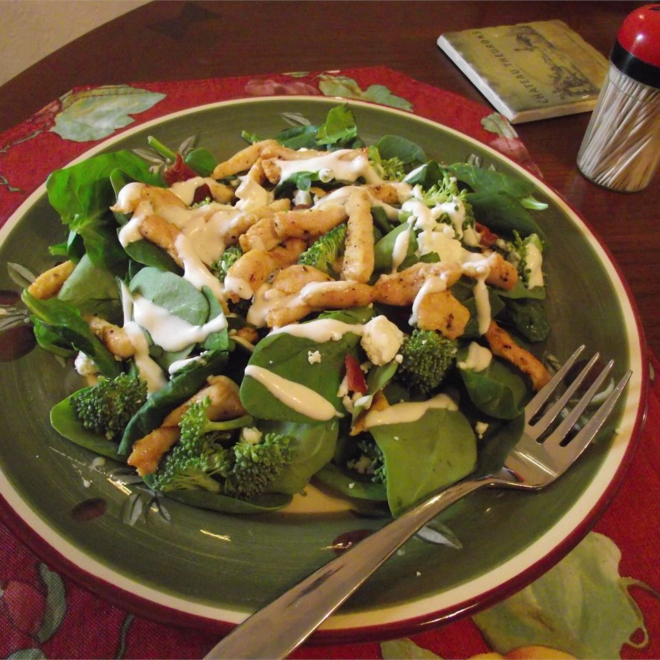 Spinach Ranch Salad ~TxCin~ILove2Ck