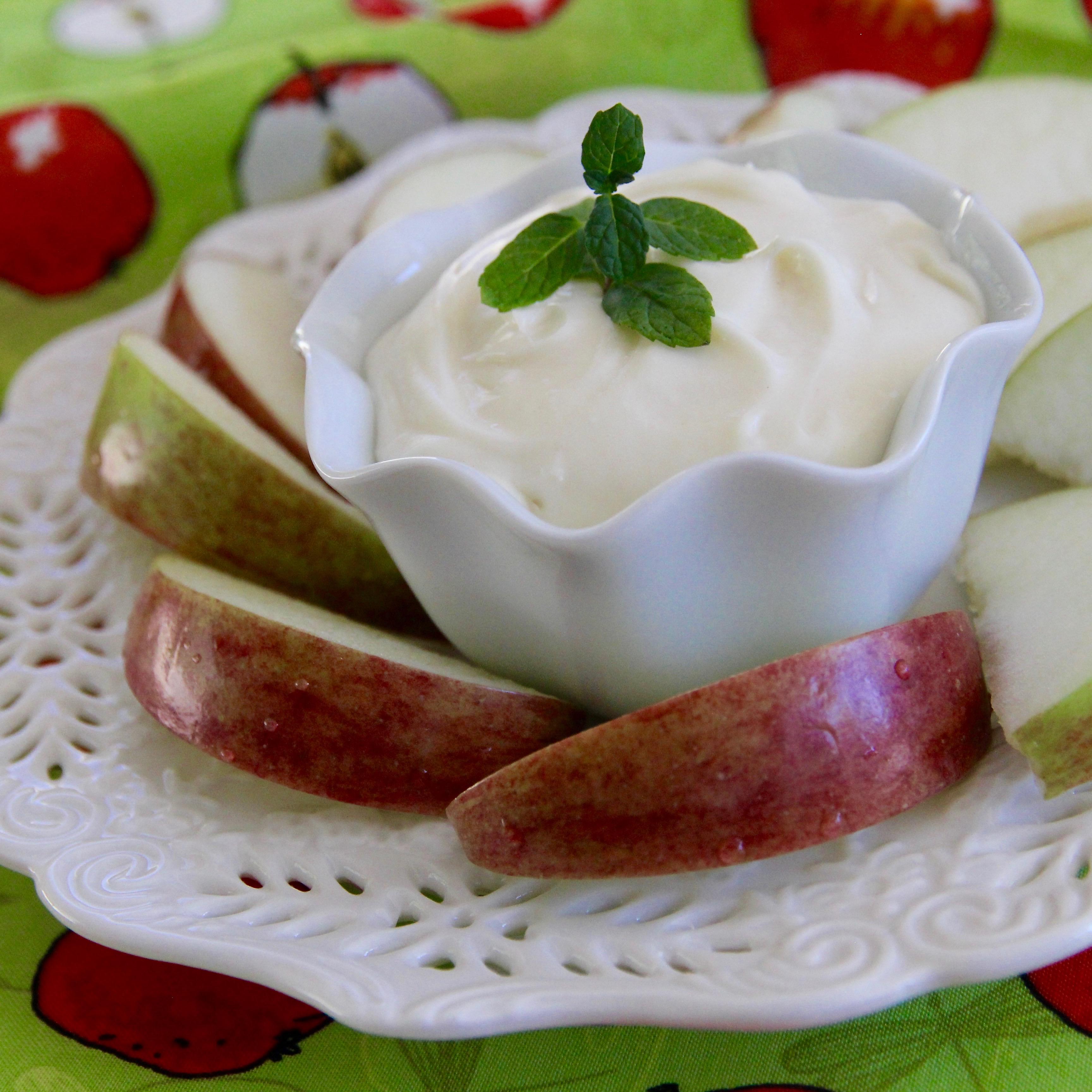 Marshmallow-Peanut Butter-Banana Dip