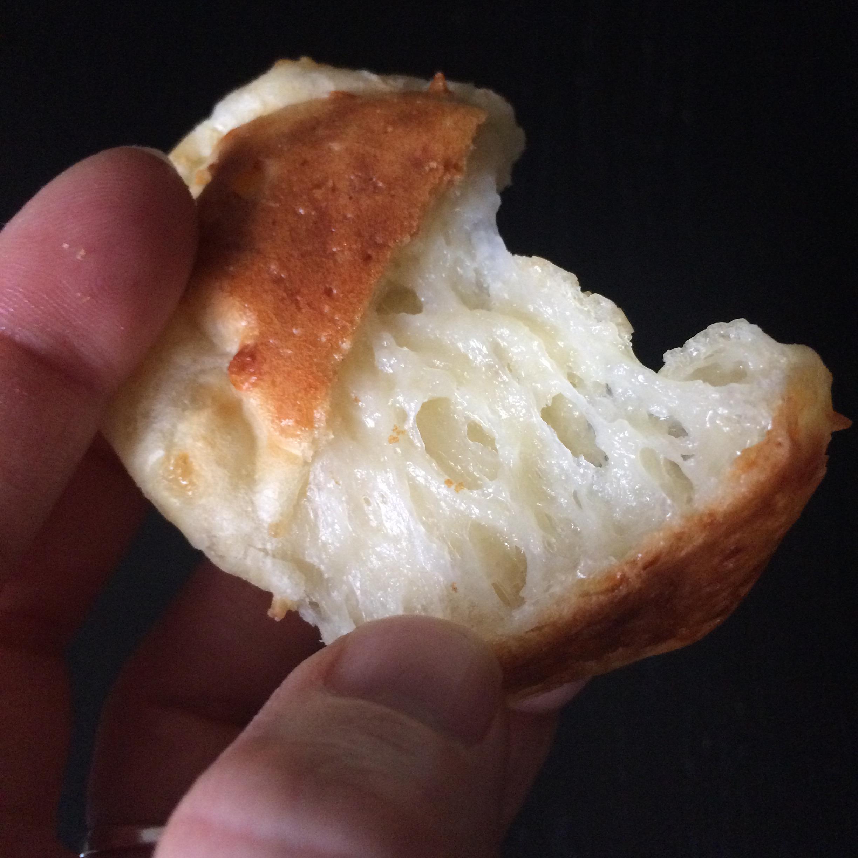 Pan de Queso (Brazilian Cheese Buns)