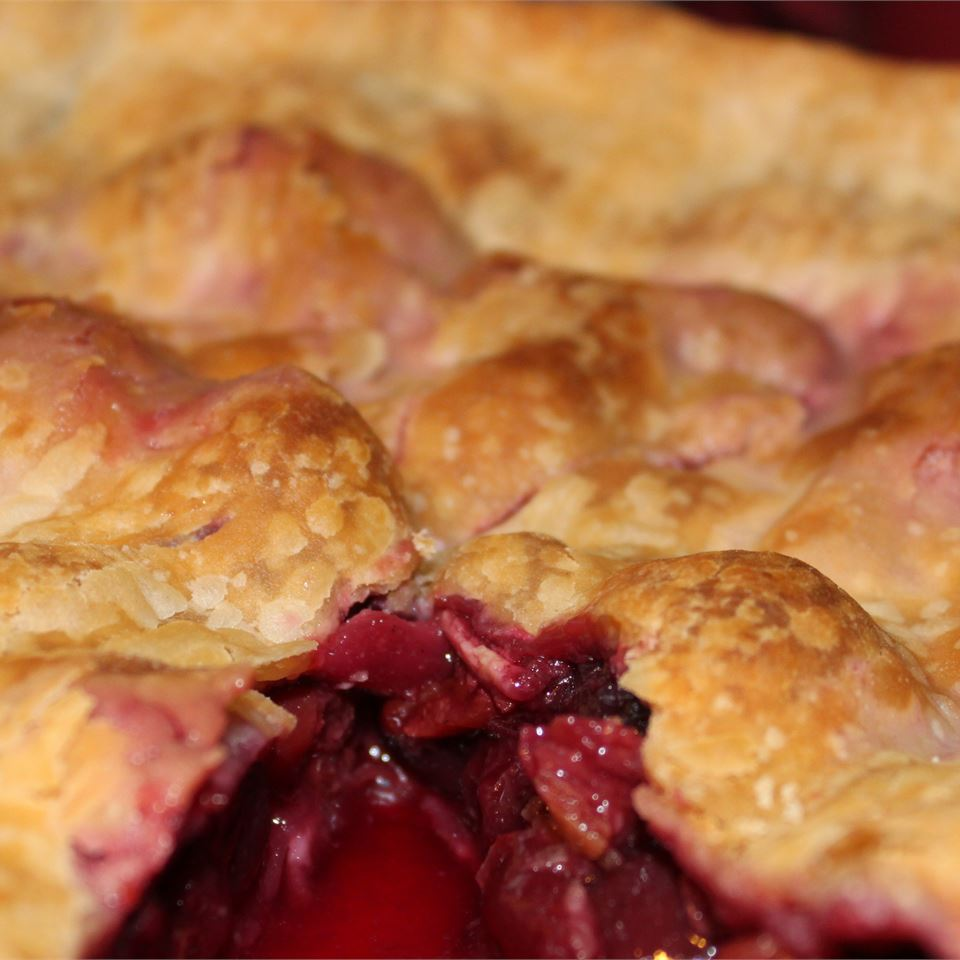 Always Delicious Cherry Pie