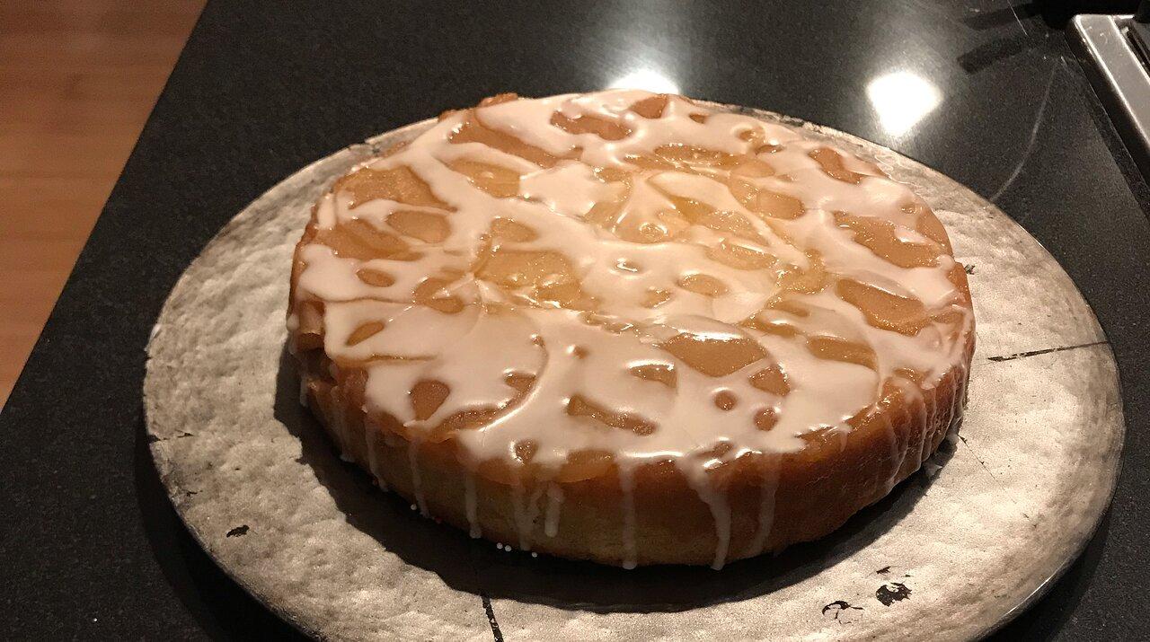 Milopita (Greek Apple Upside-Down Cake)