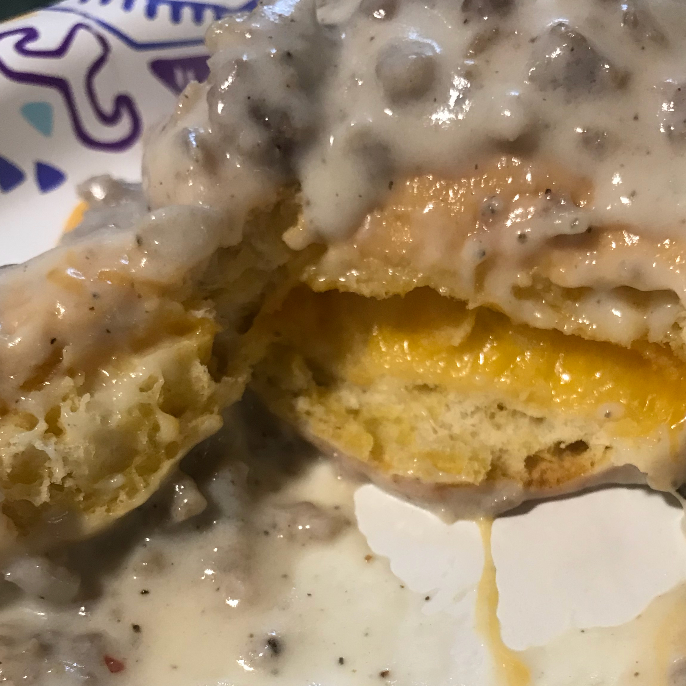 Easy Sausage Gravy and Biscuits Uni11