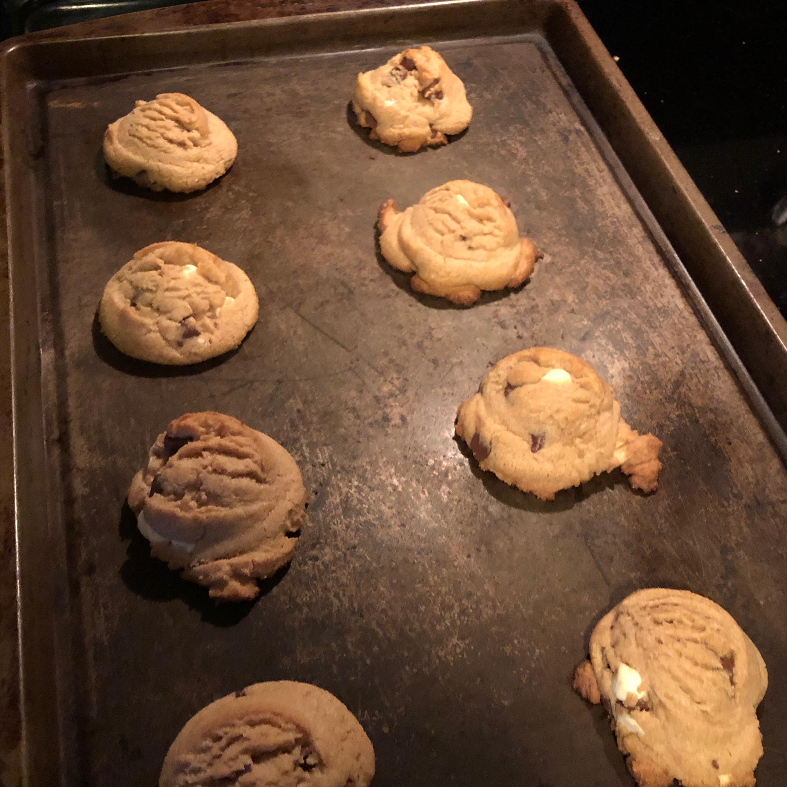 Soft Chocolate Chip Cookies II Stephanie