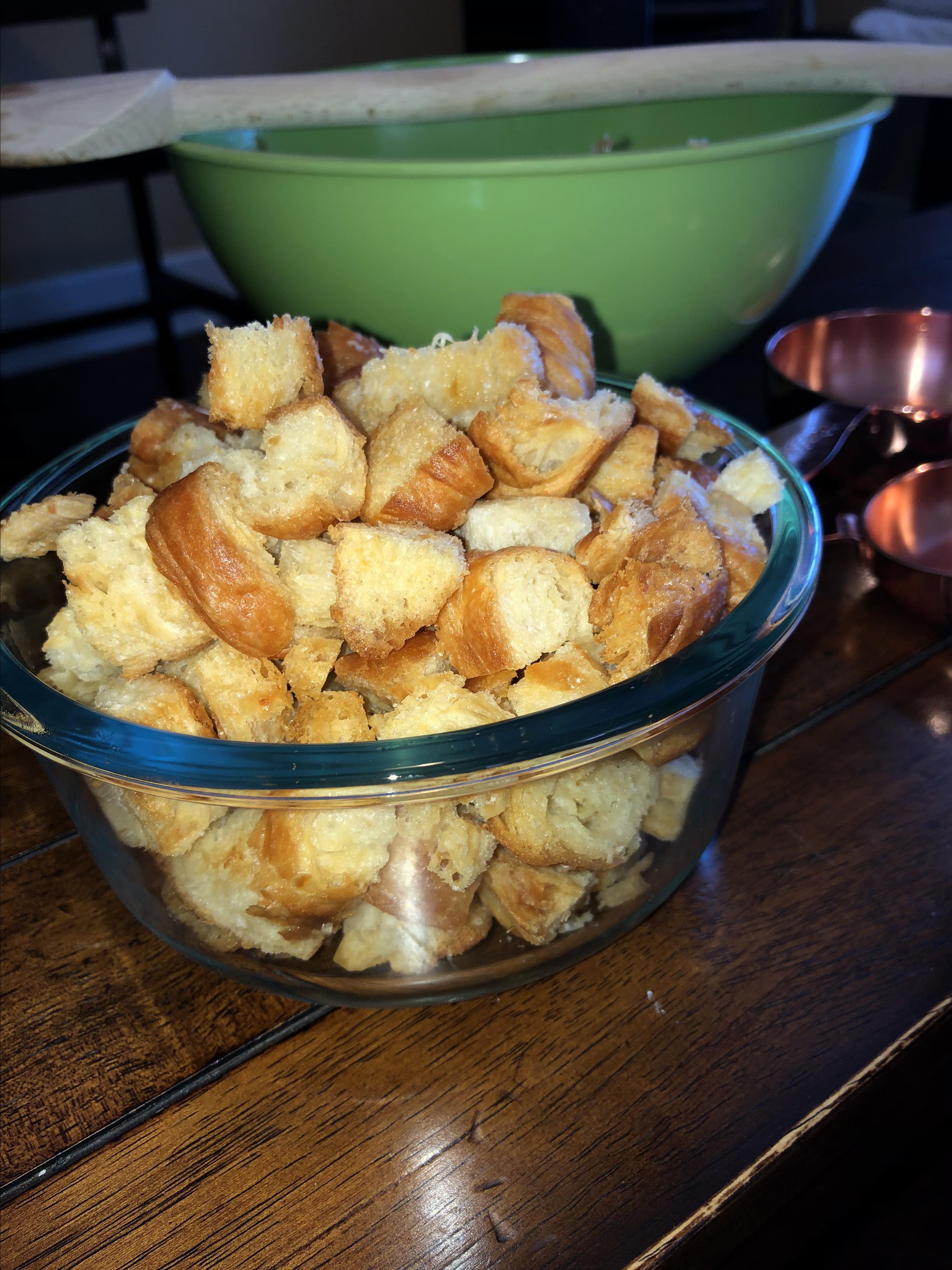 Croissant Croutons