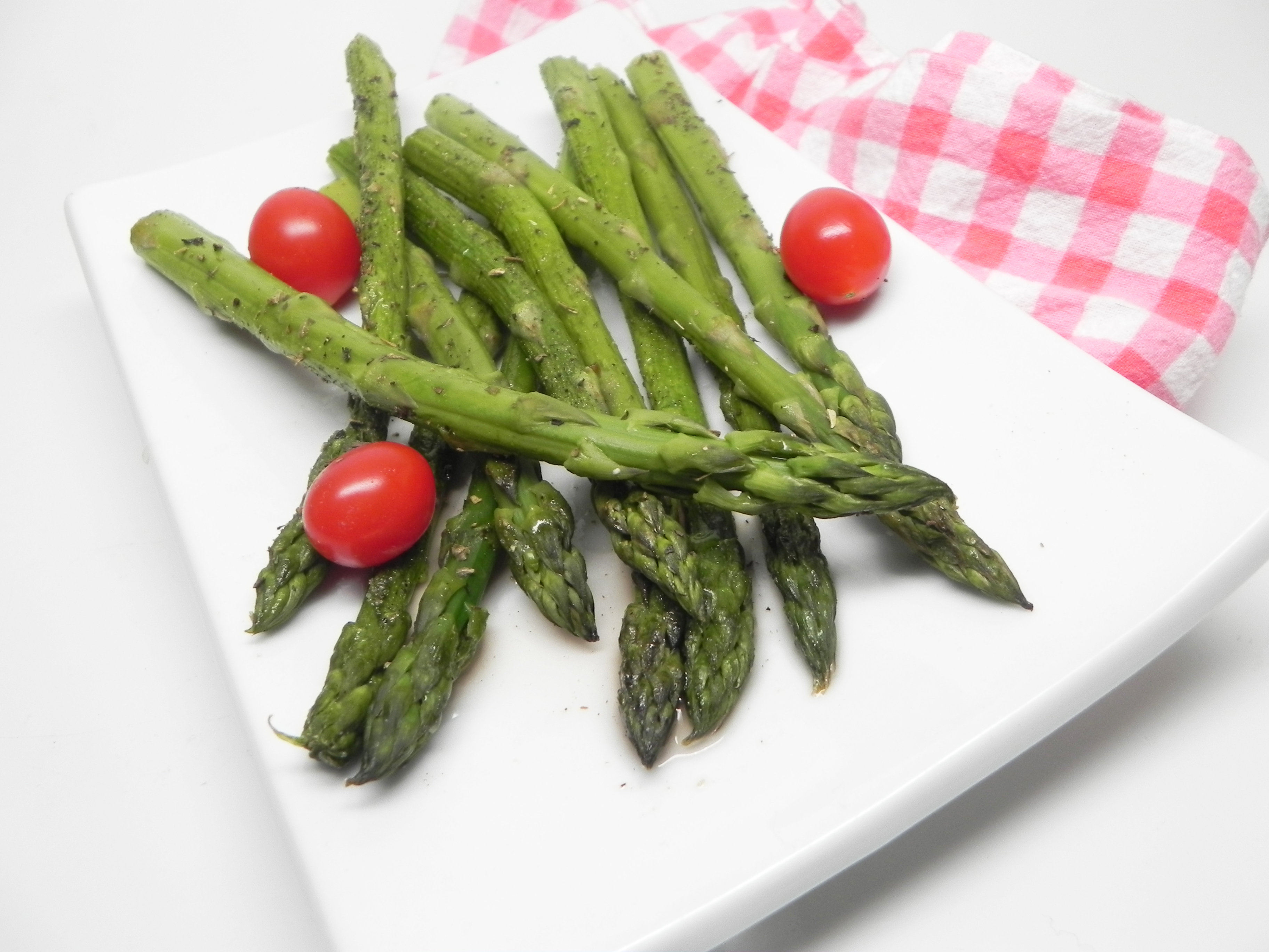 Baked Asparagus with Red Wine Vinegar