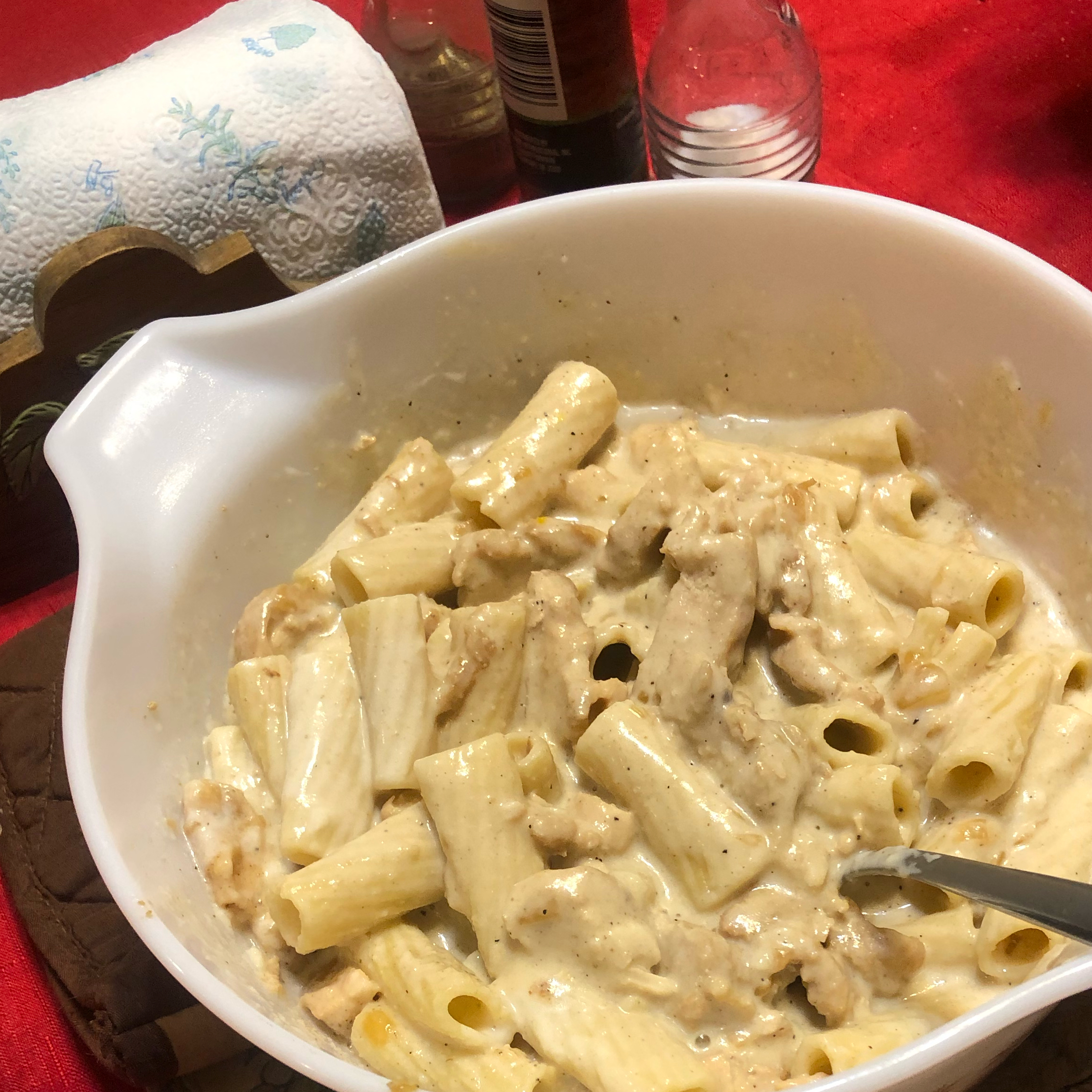 Creamy Garlic Chicken Pasta Tim Scarbrough