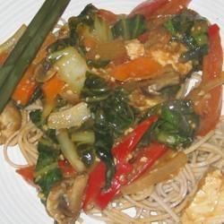 Asian Chicken Noodle Salad elle888