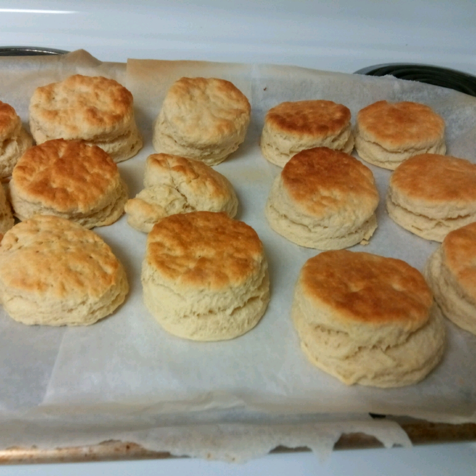Buttery Buttermilk Biscuits