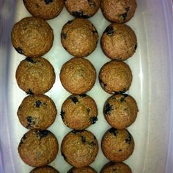 Low-Fat Blueberry Bran Muffins jessilala