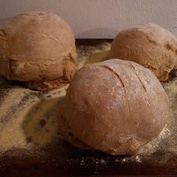 Sourdough Tomato Bread AKMONKI