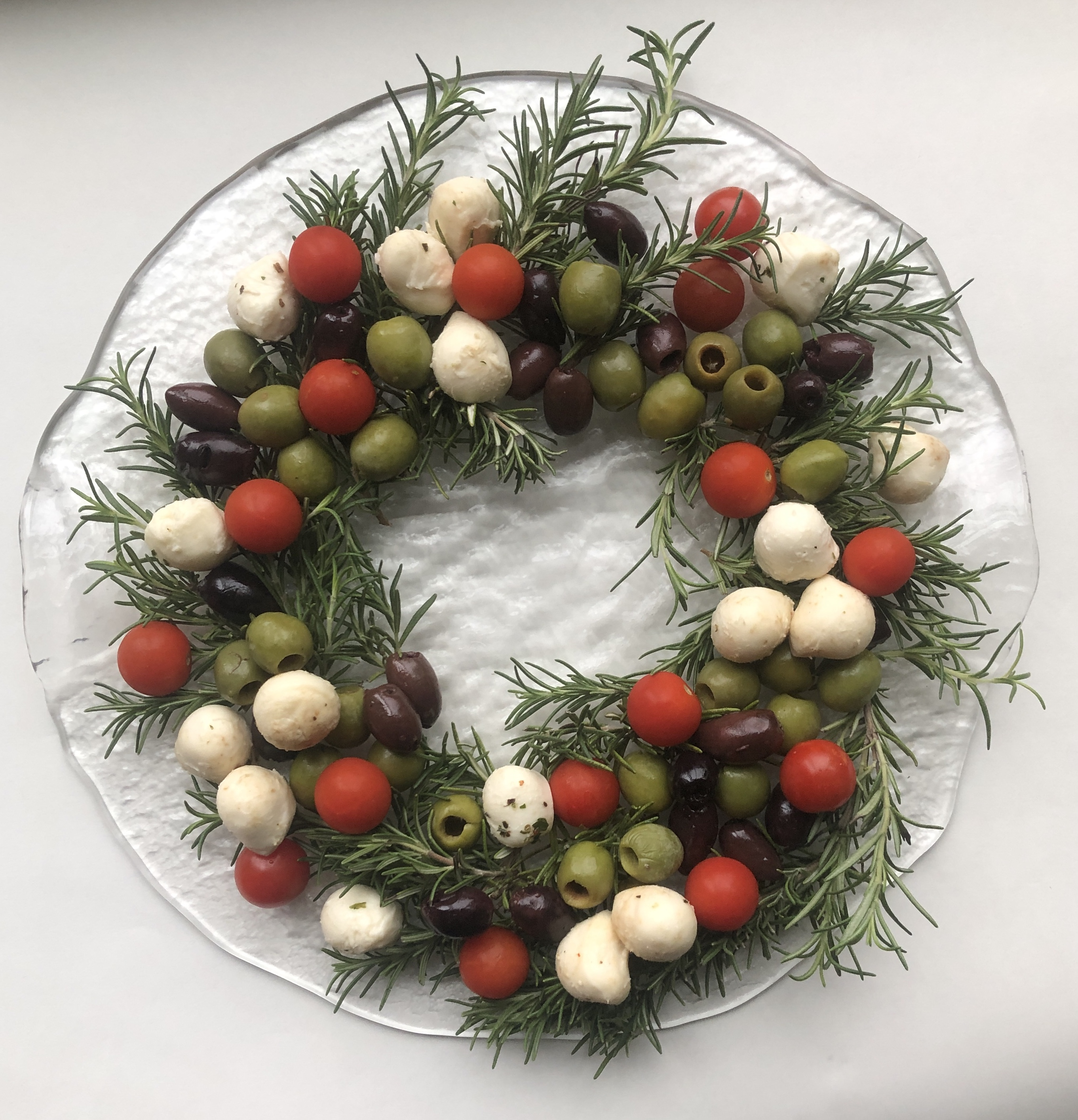 Festive Olive and Cheese Appetizer